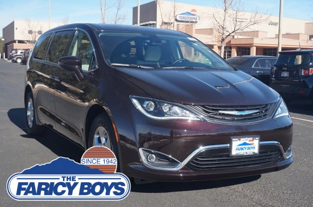 New 2019 CHRYSLER Pacifica Hybrid Hybrid Touring Plus